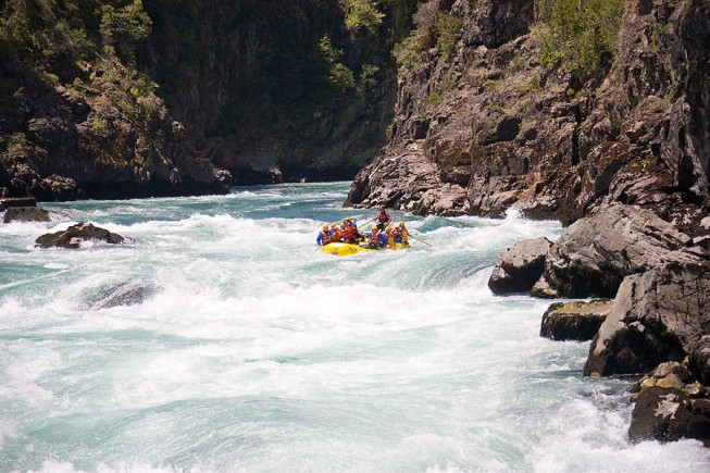 4 of the Best Winter Rafting Adventures Across the Globe